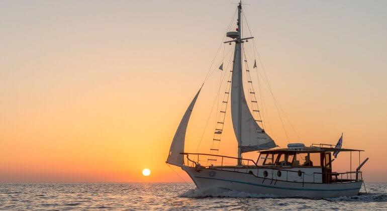 Caldera Traditional<br>Cruise